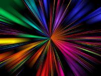 Un faisceau central de lumière qui explose dans toutes les directions dans toutes les couleurs de l'arc-en-ciel